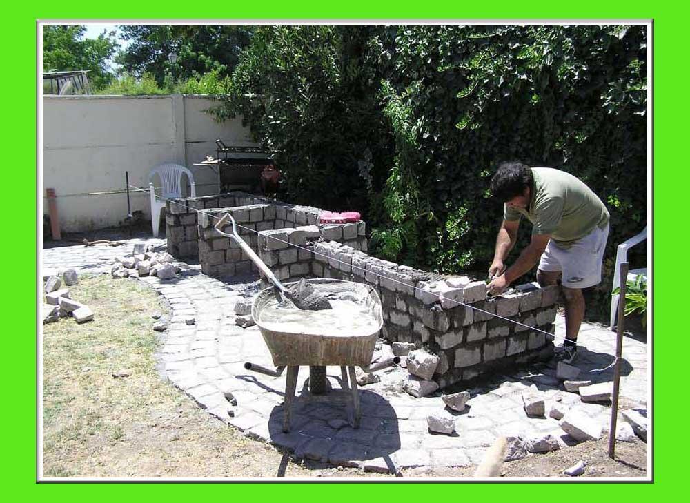 Top asadores de piedra para jardin images for pinterest for Asadores para jardin